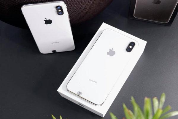 Với 18 triệu trong tay, nên mua iPhone nào?